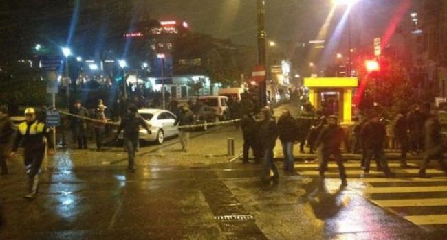 Sultanahmet'te canlı bomba saldırısı: 1 polis şehit