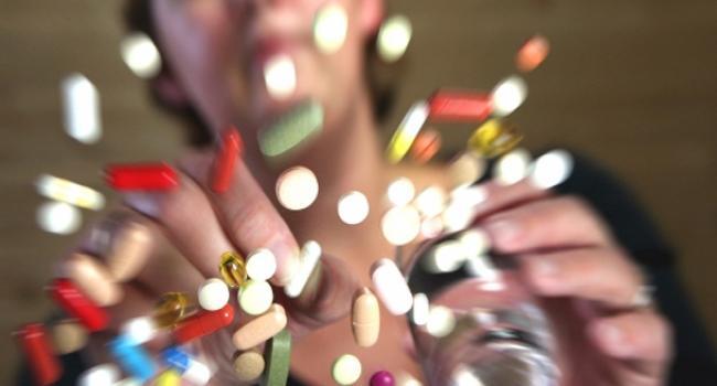 2013 yılında 1 milyar 900 milyon kutu ilaç tüketildi